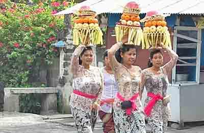 Frutas que se llevan al templo Bali